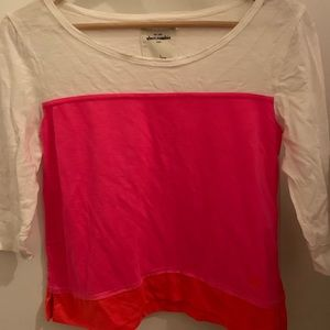 Beautiful Abercrombie pink and white top